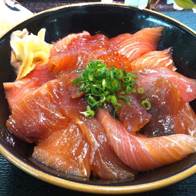 ぶり づけ丼 日本海 鳥取 山陰 鮮魚 海鮮丼